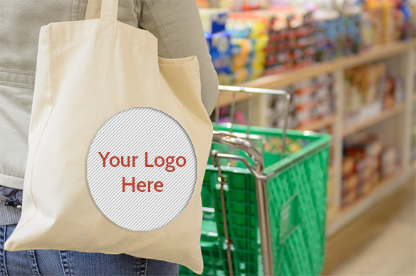 Grocery-Shopping-with-Tote